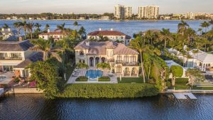 Palm Beach Island Home - Efflorescence